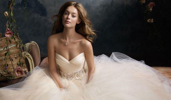Сколько стоит открыть свадебный салон с нуля